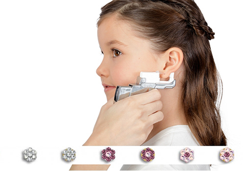 Kindgerechte Ohrstecker - Ohrlochstechen in Essen