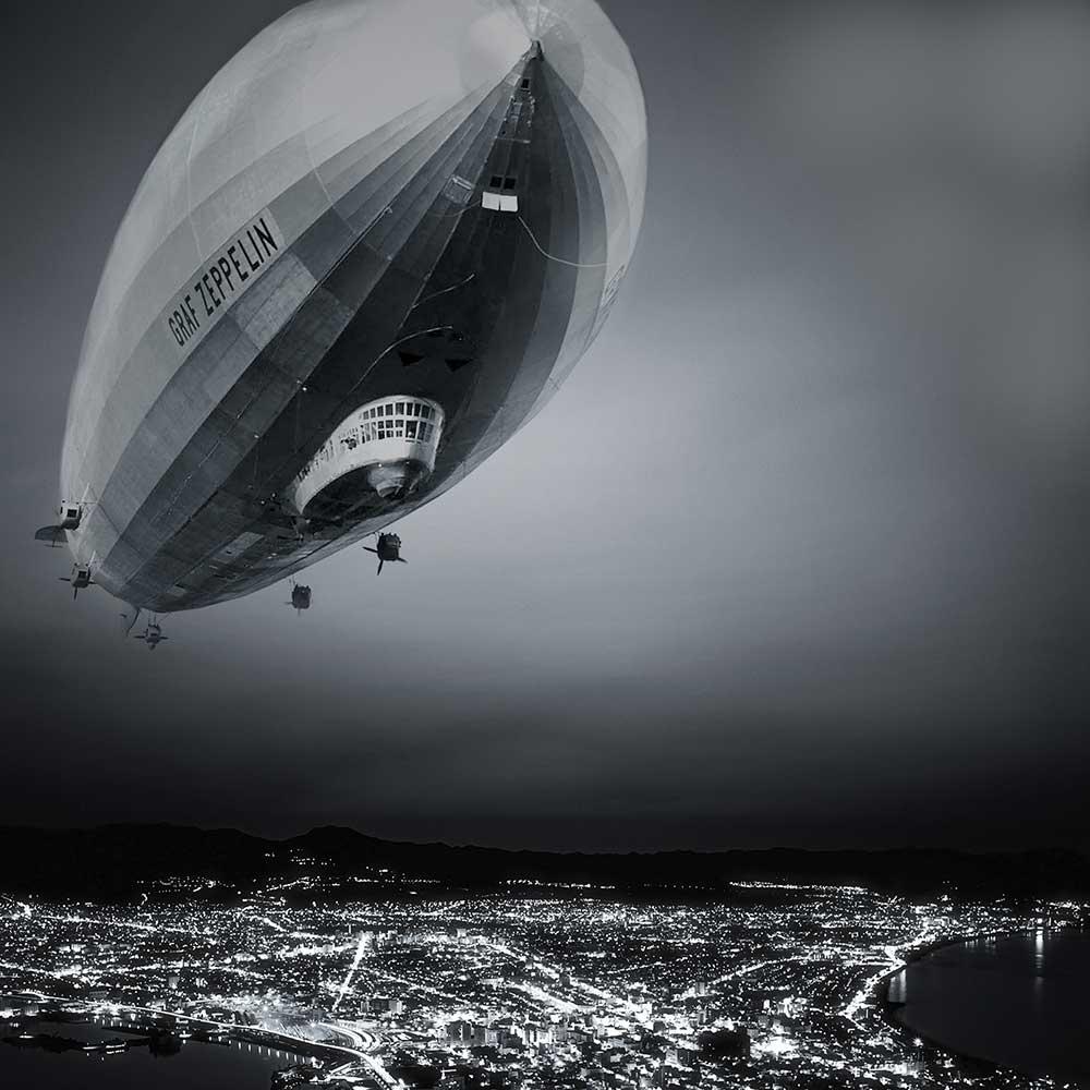 Nachtflug eines Zeppelins | Juwelier Hilgers Essen